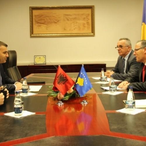Banka Qendrore e Republikës së Kosovës shton bashkëpunimin me Bankën e Shqipërisë