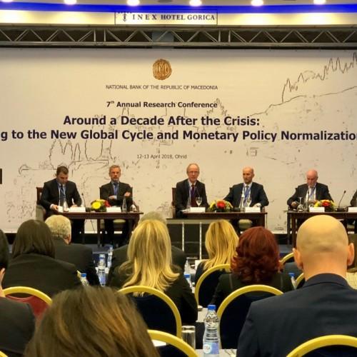 Guvernatori z.Fehmi Mehmeti po merr pjesë në Konferencën e 7-të Vjetore të Hulumtimit të organizuar nga Banka Popullore e Maqedonisë