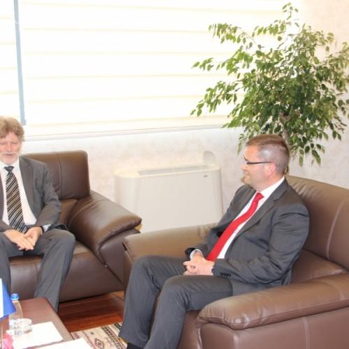 Guvernatori z.Mehmeti priti në takim Zëvendësudhëheqësin e Misionit të Ambasadës Gjermane z.Voss