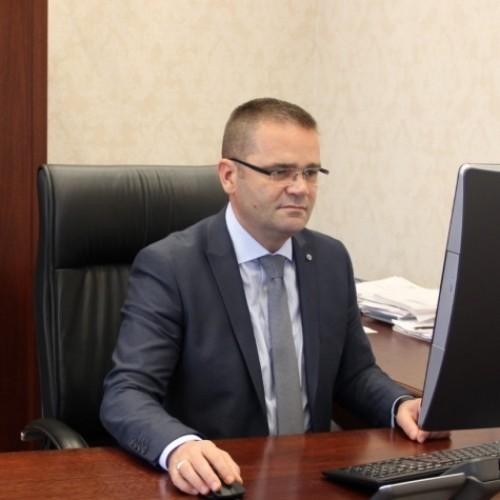 Telegram ngushëllimi nga Guvernatori Mehmeti për familjen Demaçi