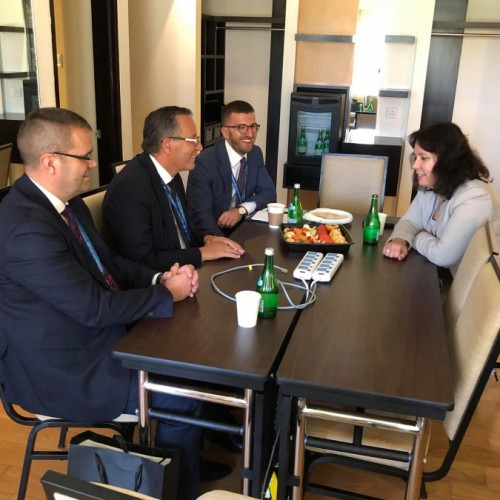 Guvernatori Mehmeti takon drejtues të lartë të FMN-së