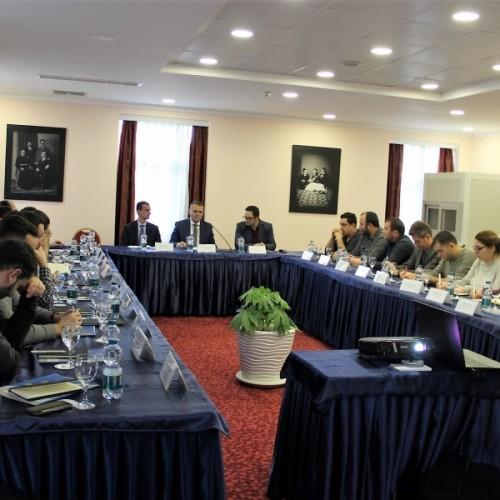 BQK bashkëbisedoi me gazetarët për rolin e saj në mbështetje të zhvillimit ekonomik
