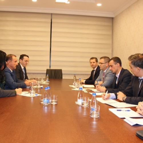 BQK-ja, MPB-ja, Policia e Kosovës dhe Shoqata e Bankave diskutojnë lidhur me sigurinë fizike të sektorit bankar