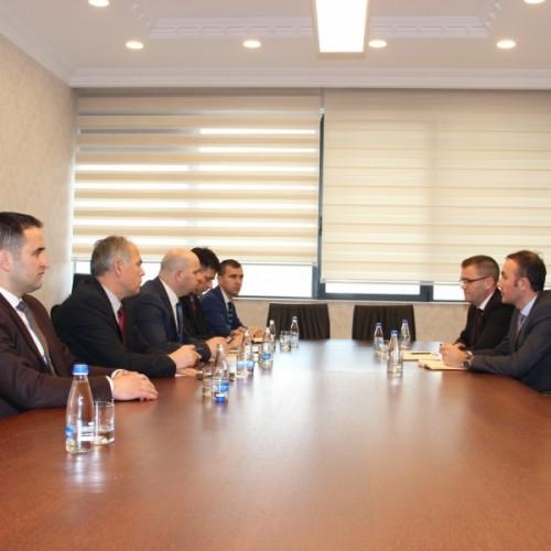 Guvernatori Mehmeti kërkon nga FKPK rritje të kujdesit në menaxhimin e kontributeve pensionale