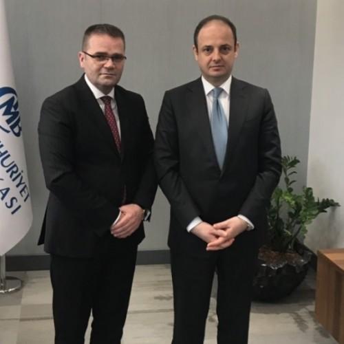 Guvernatori Mehmeti zhvilloi takim me Guvernatorin e Bankës Qendrore të Republikës së Turqisë