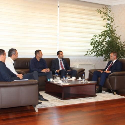 Guvernatori Mehmeti priti në takim përfaqësuesit e Odës Ekonomike Amerikane