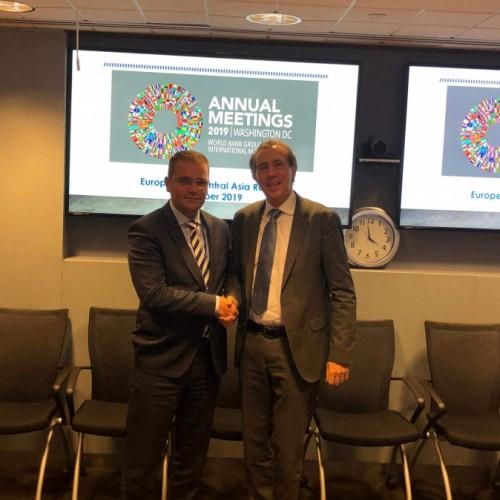 Guvernatori Mehmeti takoi Zëvendëspresidentin e Bankës Botërore, Cyril Muller