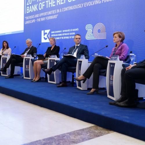 Guvernatori Mehmeti: Bashkëpunimi mes bankave qendrore e bënë më të lehtë tejkalimin e sfidave