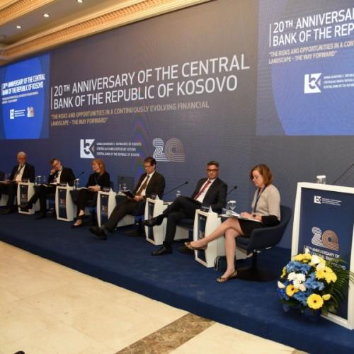 Banka Botërore po investon për të përmirësuar përfshirjen financiare në epokën e digjitalizimit