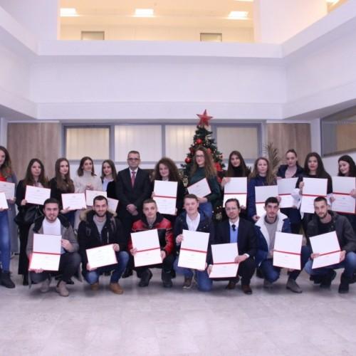 Guvernatori Mehmeti ndau certifikatat për 31 studentët që përfunduan programin e praktikës në BQK